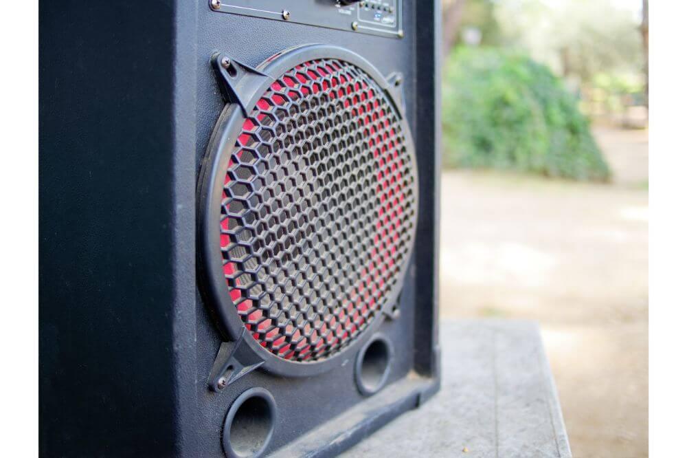 Boss 251 Wall Mount Outdoor Environmental Speakers
